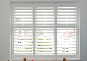 Incorporating british style to your spanish home the for Spanish style interior shutters