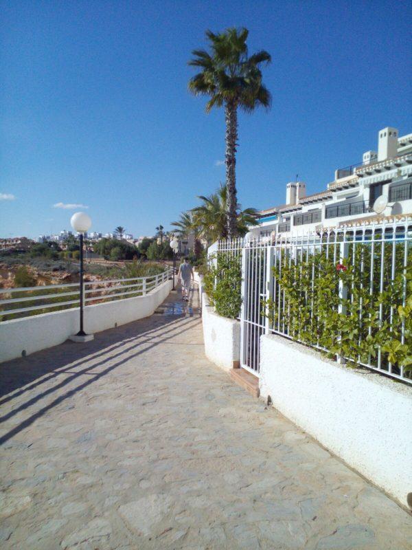 El paso de Aguamarina al de Cabo Roig