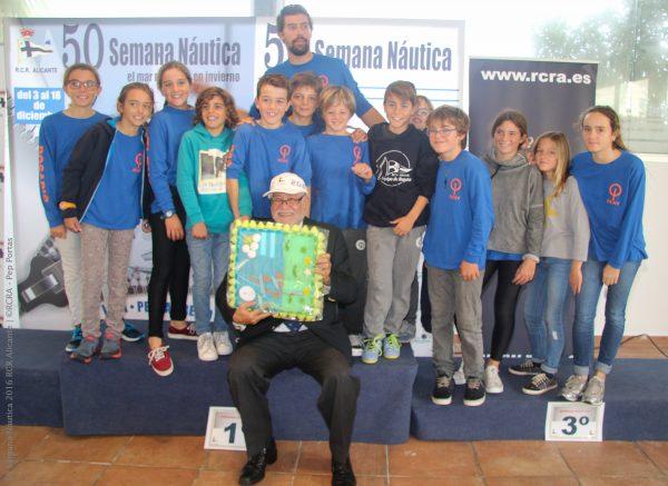 Trofeo de la FVCV al mejor equipo, recayendo el trofeo en los Optimist del RCN Valencia