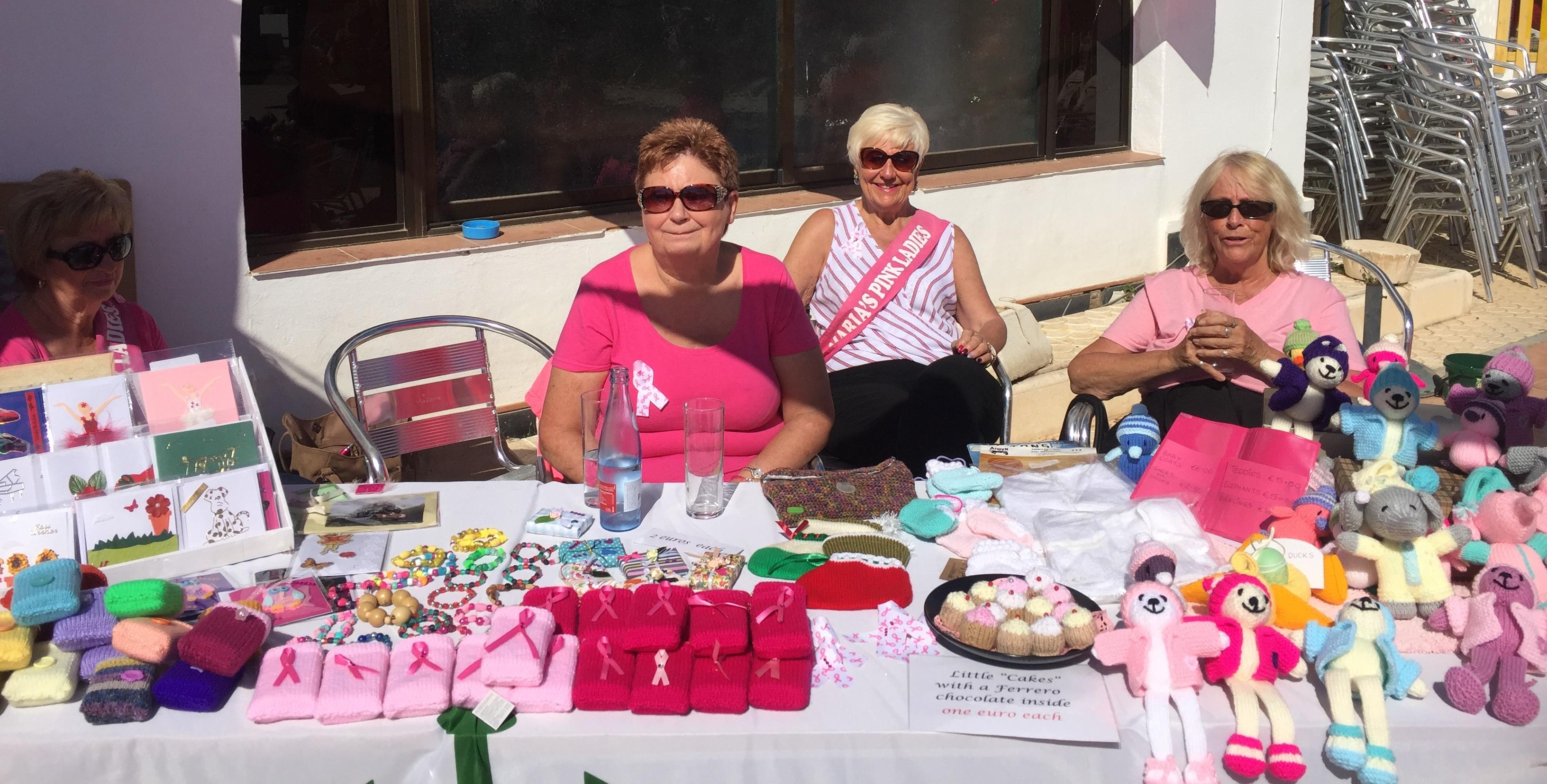 Pink Ladies At The Emerald Isle The Leader Newspaper # Muebles Woodman
