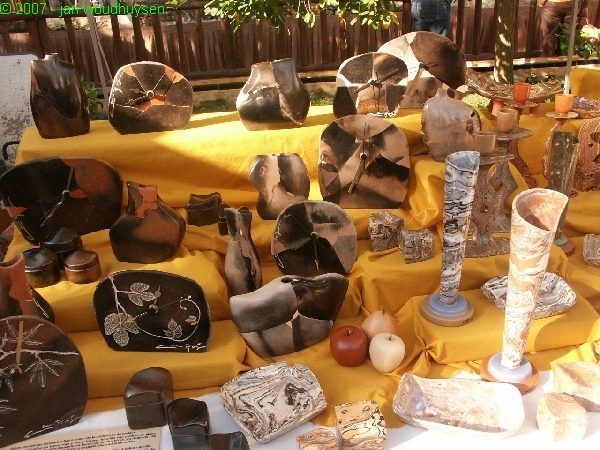 ONCE MORE UNTO THE BEACH – THE CRAFT MARKET IN JÁVEA PORT