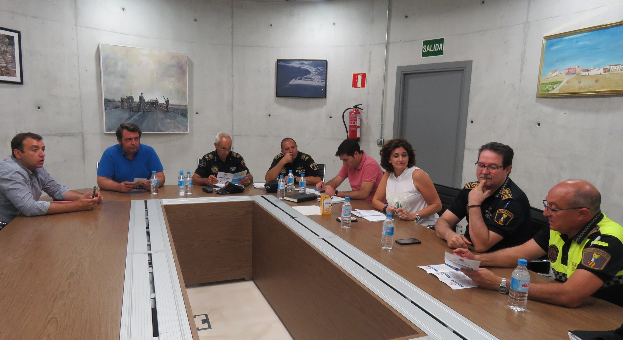 Coordinated Security For Coastal Towns The Leader Newspaper # Muebles Leaders Tarragona