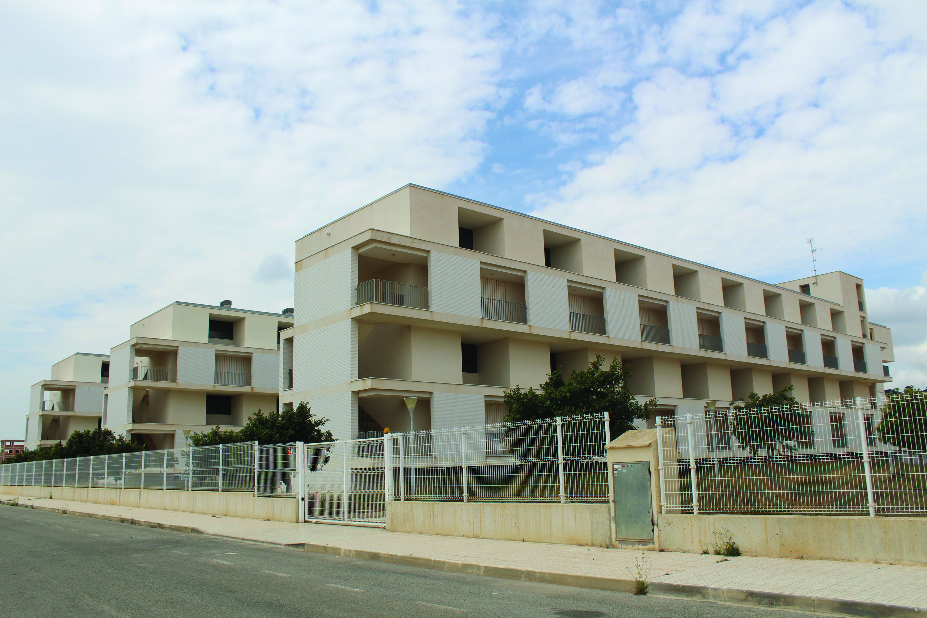 Low Cost Housing Finally Sold Off The Leader Newspaper # Muebles Lifetime Espana