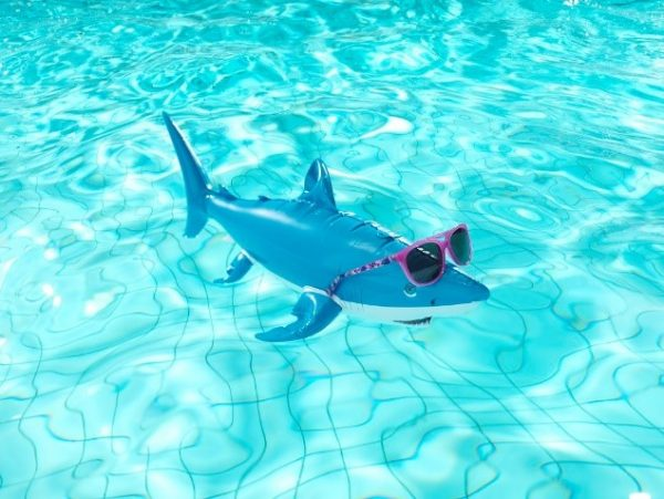 3 tips for protecting your eyes during the summer holidays