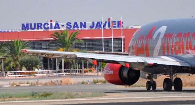 San Javier airport employees determined to battle on  - The