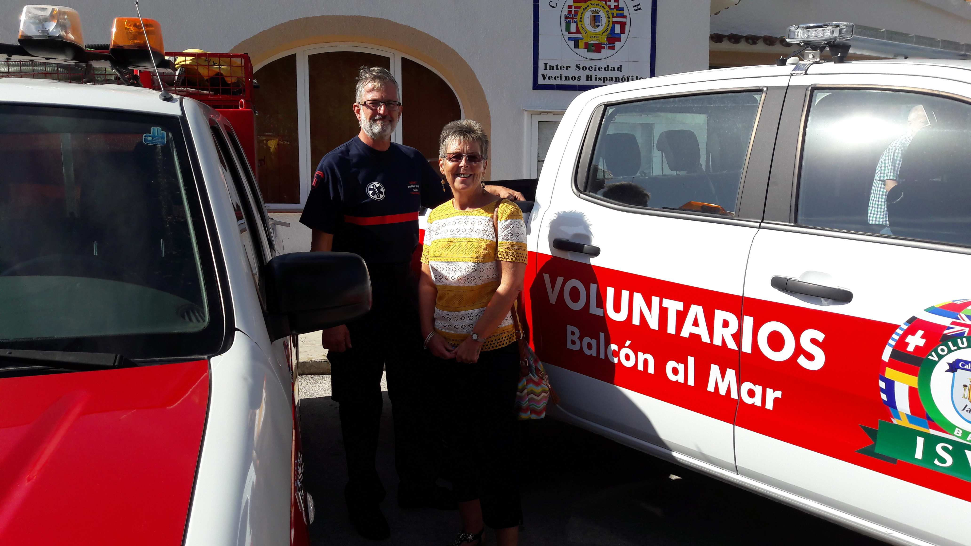Members of the Masonic Homes of Valencia visit local Fire Fighters