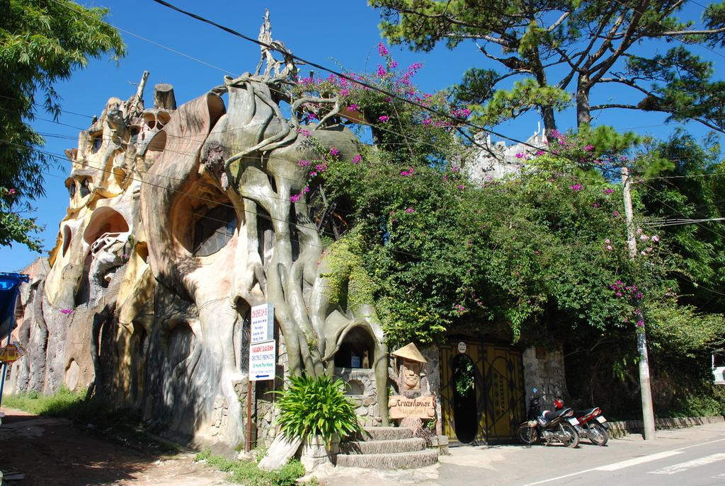 The Crazy House Hotel (Vietnam, Dalat)
