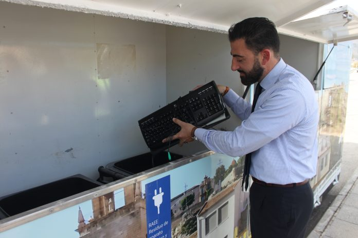 Two mobile Eco-Parks now in use in Orihuela