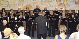 IN HARMONY Chamber Choir - conducted by Nigel Hopkins