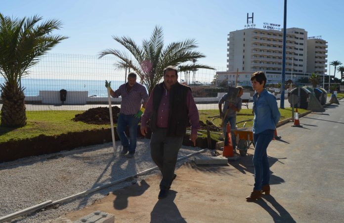 Relocation of the waste containers on the beach area of Cala Cerrada