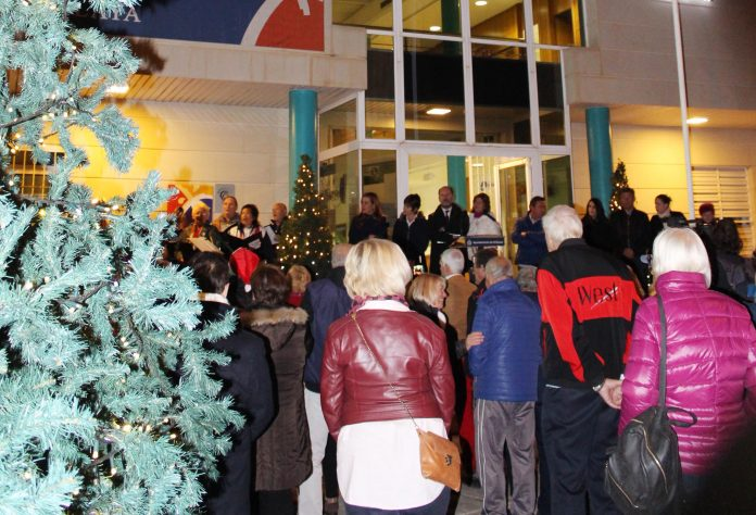 Orihuela Costa Christmas lights switched on by Mayor