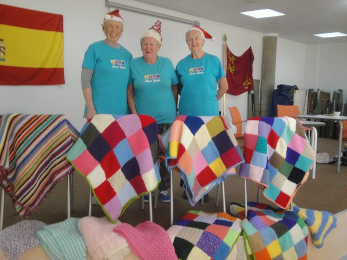 HELP ladies knit for the Red Cross