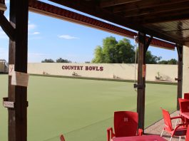 Country bowls fall to La Siesta by single shot