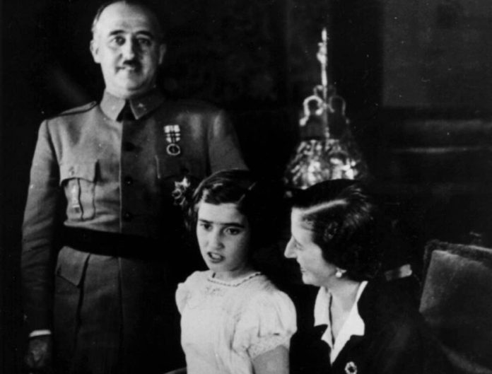 Franco with his wife and daughter Carmen