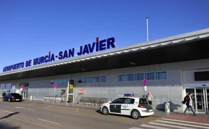 British woman assaults paramedics at San Javier Airport