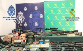 Four arrested in Guardamar and Torrevieja with 45 pistols