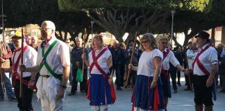 Enthusiastic Welcome for Morris Dancers