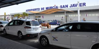 Mayor speaks out on behalf of San Javier Airport taxis