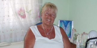 Christine Quinlan is based in La Marina