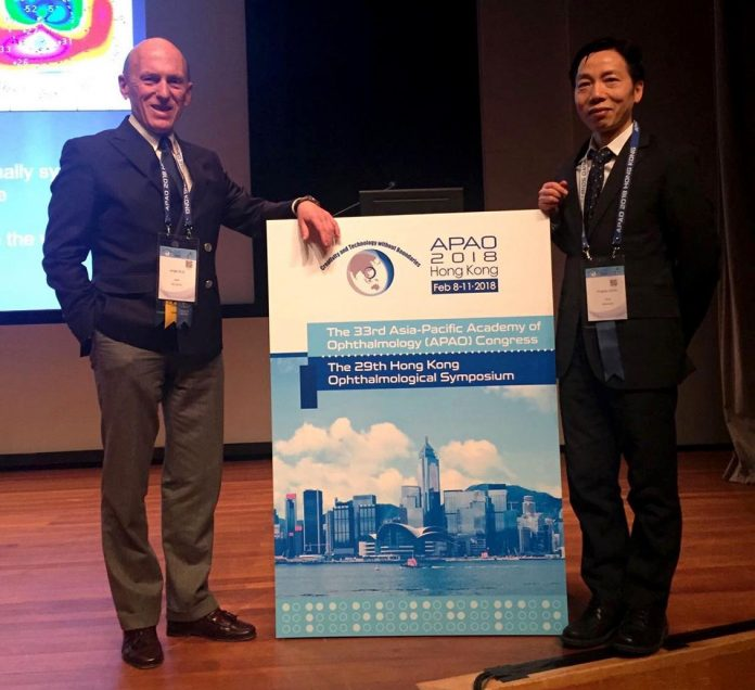 Dr. Alió gave two speeches on correction of presbyopia and its future, as well as a symposium on cataract surgery