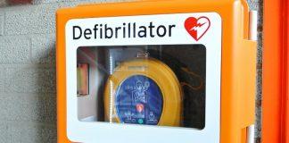 Orihuela to install 35 defibrillators in municipal buildings