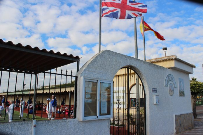 La Siesta Pioneers close the gap on Mariners