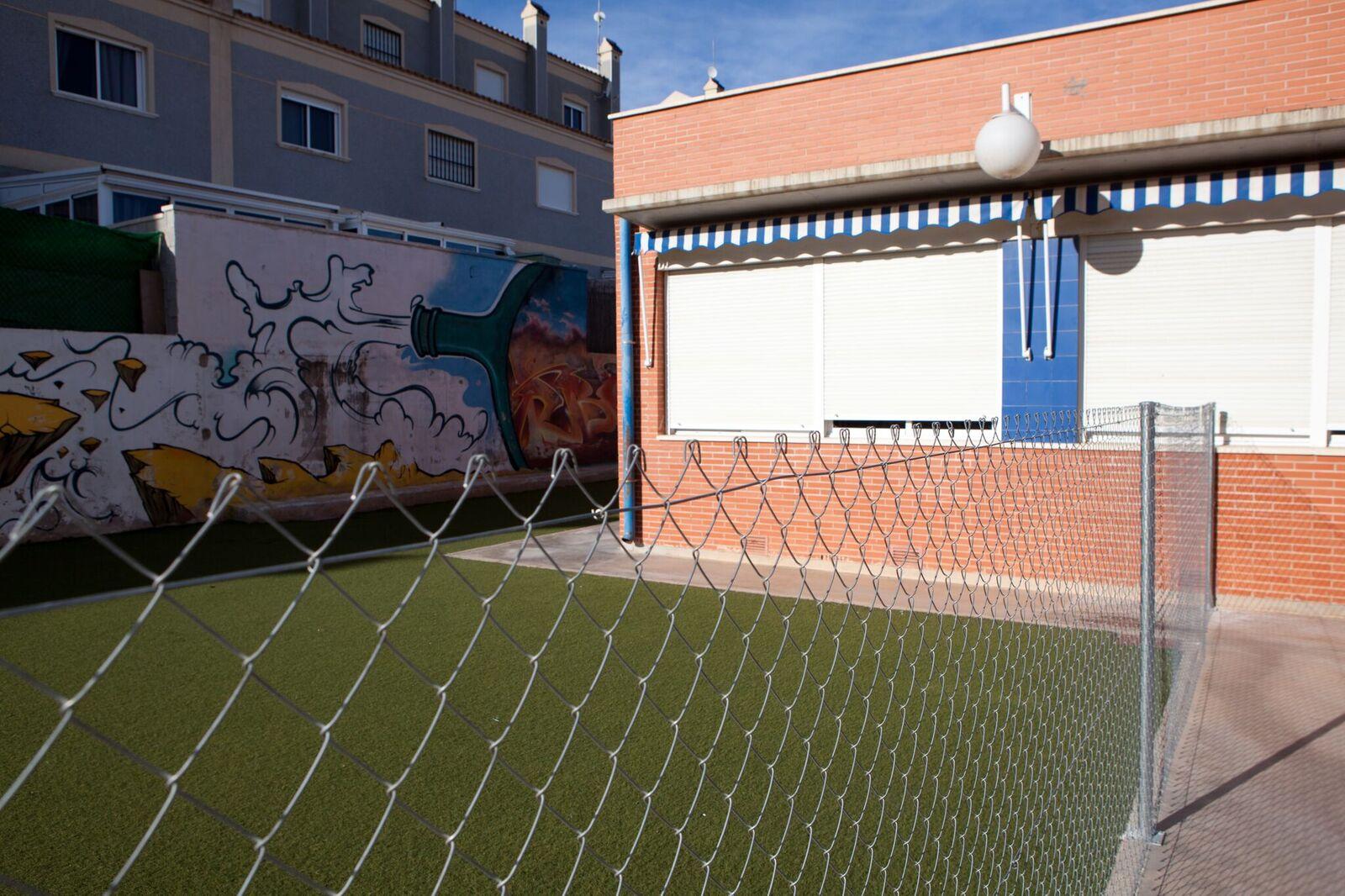 Council repairs create death trap for Los Dolses schoolchildren