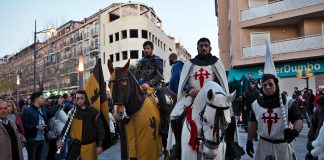 Spain's largest Medieval Market gets underway despite the rain