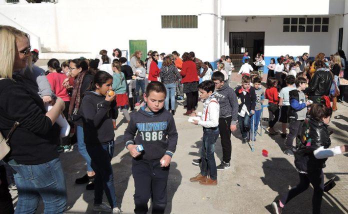 Mojácar School Children Celebrate Andalucia Day
