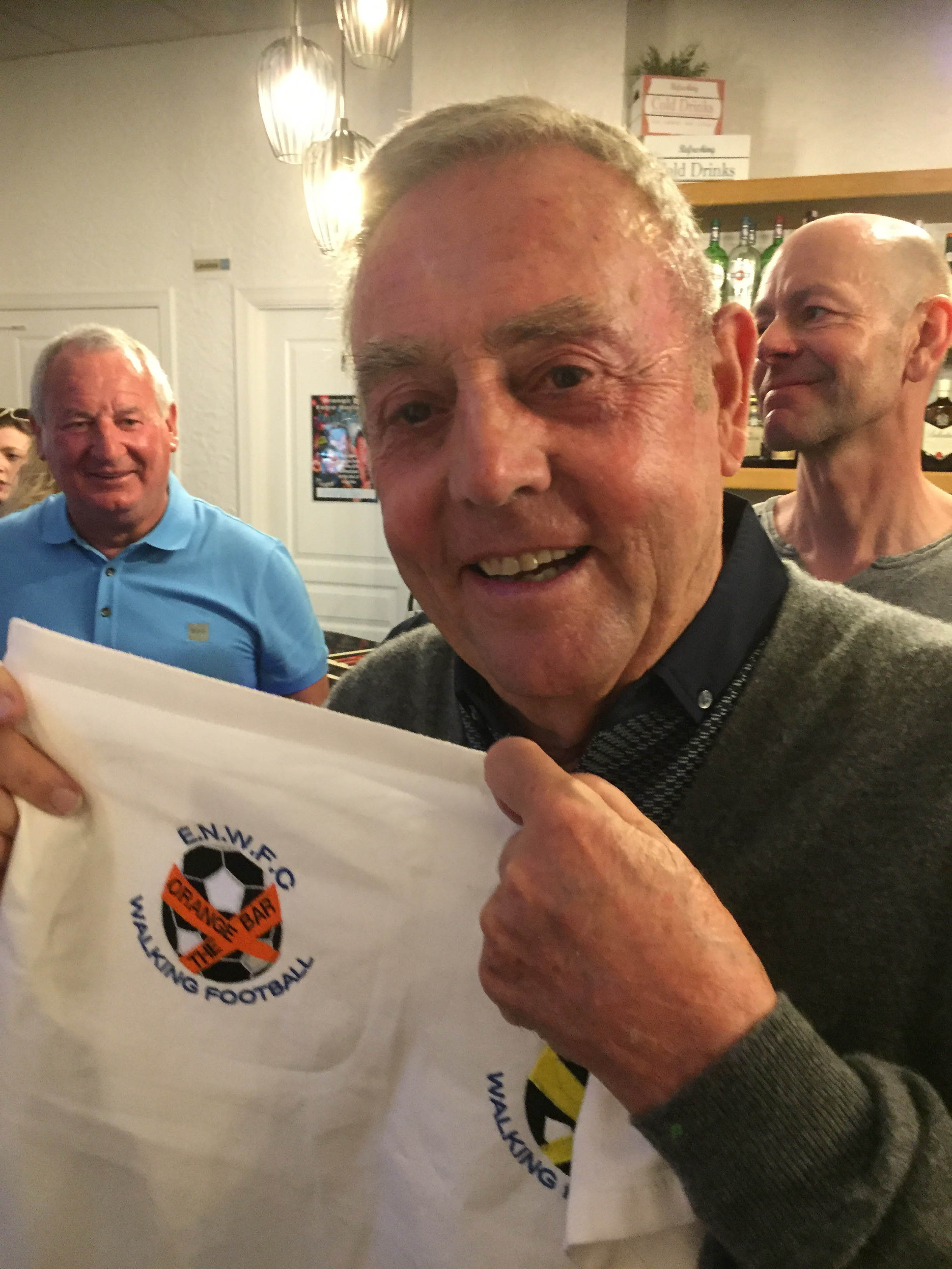 The Saint drops in to Walking Football launch in Entre Naranjos