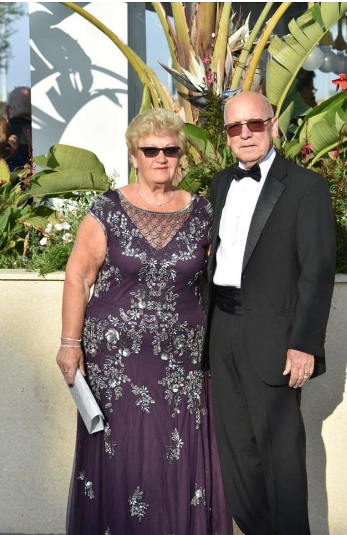 WBro Sid Formby & his wife Bernice.