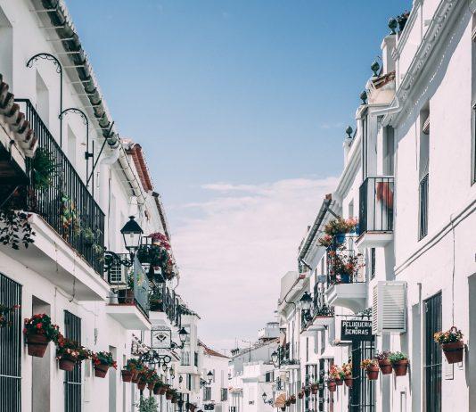 Streets of Mijas (Source: https://unsplash.com/)