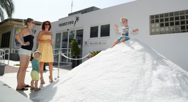 Torrevieja salt production to reach 600,000 tons - The Leader Newspaper