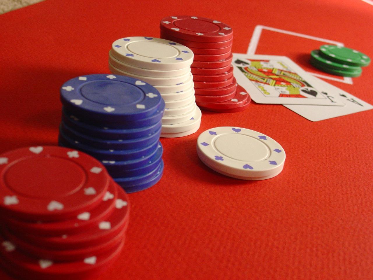 How Do Online Casinos Work