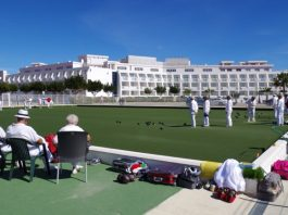 A Challenge to bowlers in Valencia.