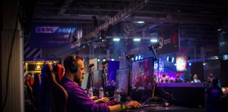 Why is Competitive Gaming Such a Popular Sport?