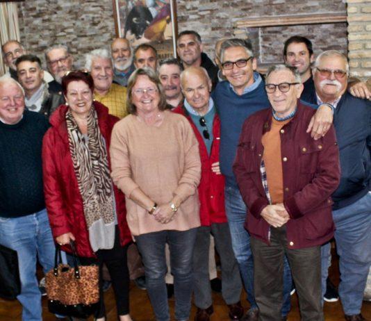 "Members of the Federation ""Extrarradio de Chiclana"" with representatives of AUAN."