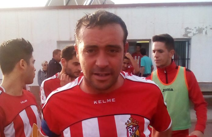 CD Montesinos captain Fernando.