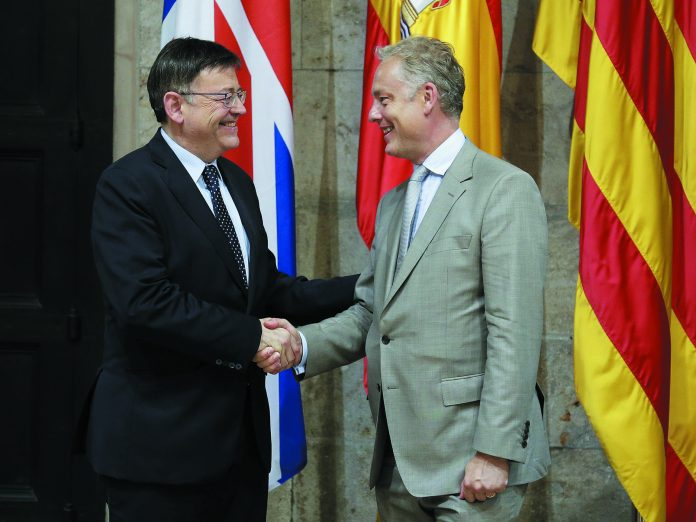 Ximo Puig, President of the Valencian Community, together with Ambassador Simon Manley