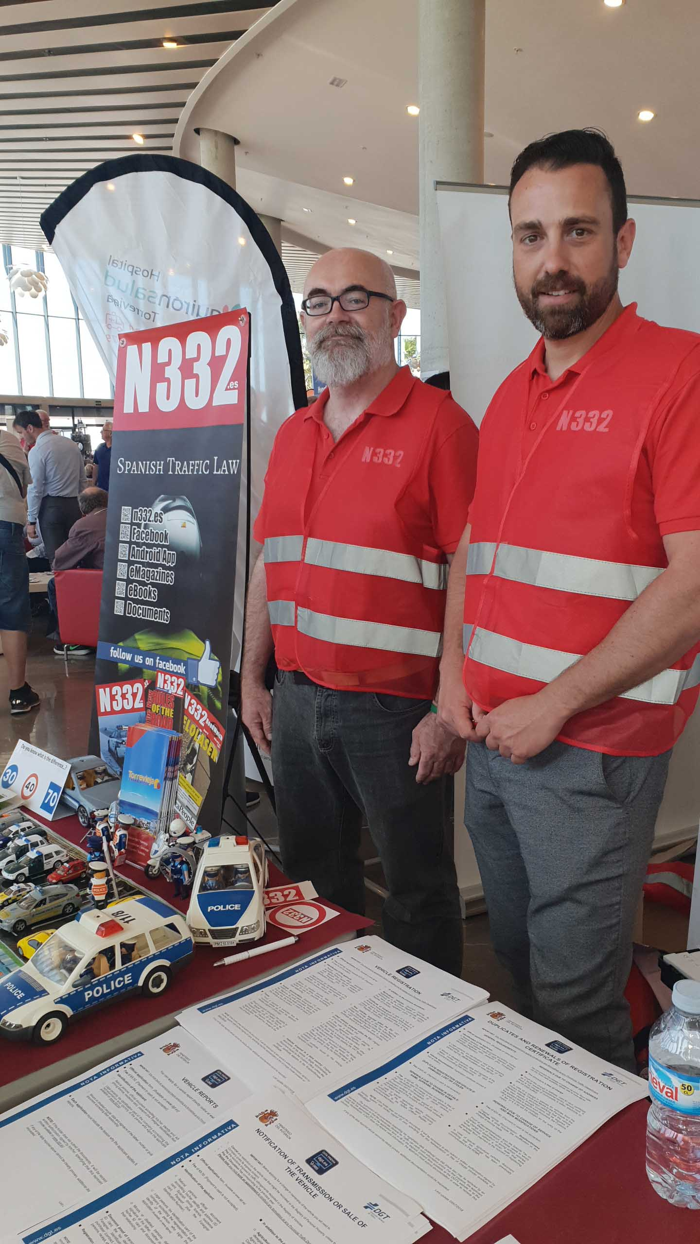 The N332 stand had a steady stream ov visitors all day long