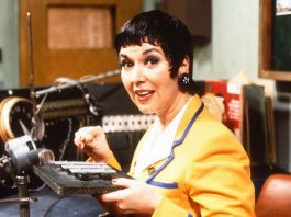 Ruth Madoc as Gladys Pugh