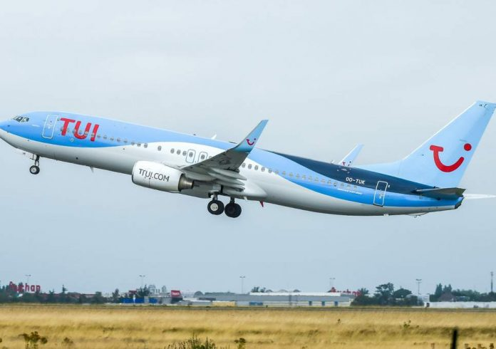 Tuifly Boeing 737 diverted to Alicante
