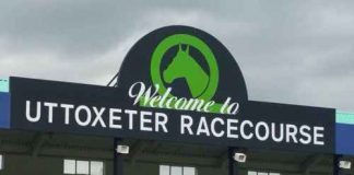 Uttoxeter showcases the Marston's 61 Deep Midlands Grand National