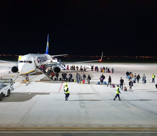 Corvera Flight in Emergency Diversion