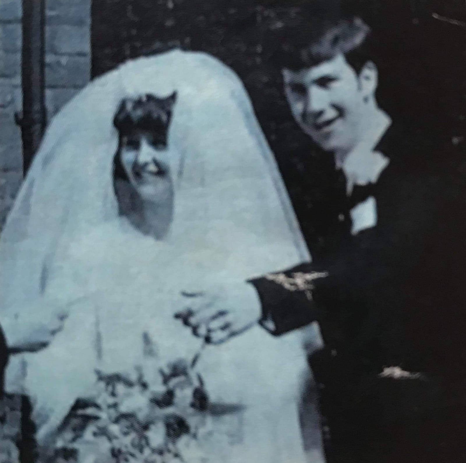 *Tony and Linda on their wedding day in 1969.