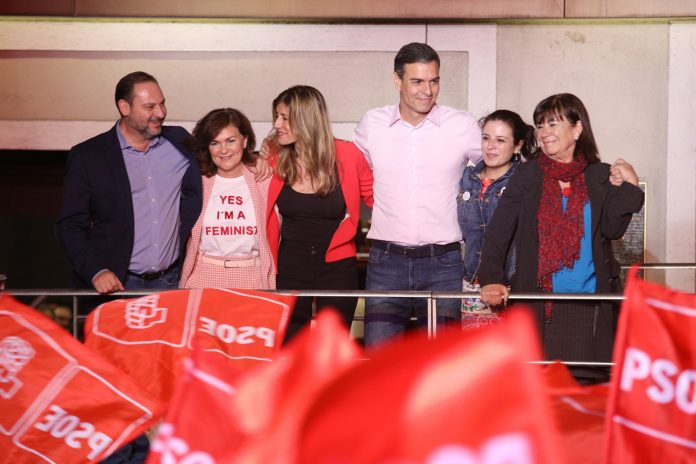 Partido Socialista Obrero Español (PSOE, or the Socialist Party) obtained the most seats with 123 (85 in 2016) out of the 350 in the Congress of Deputies