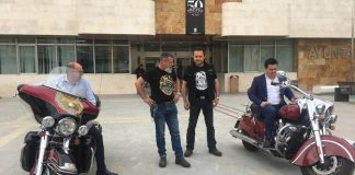 More than 3,500 motorcycles invade La Ribera on the electoral weekend