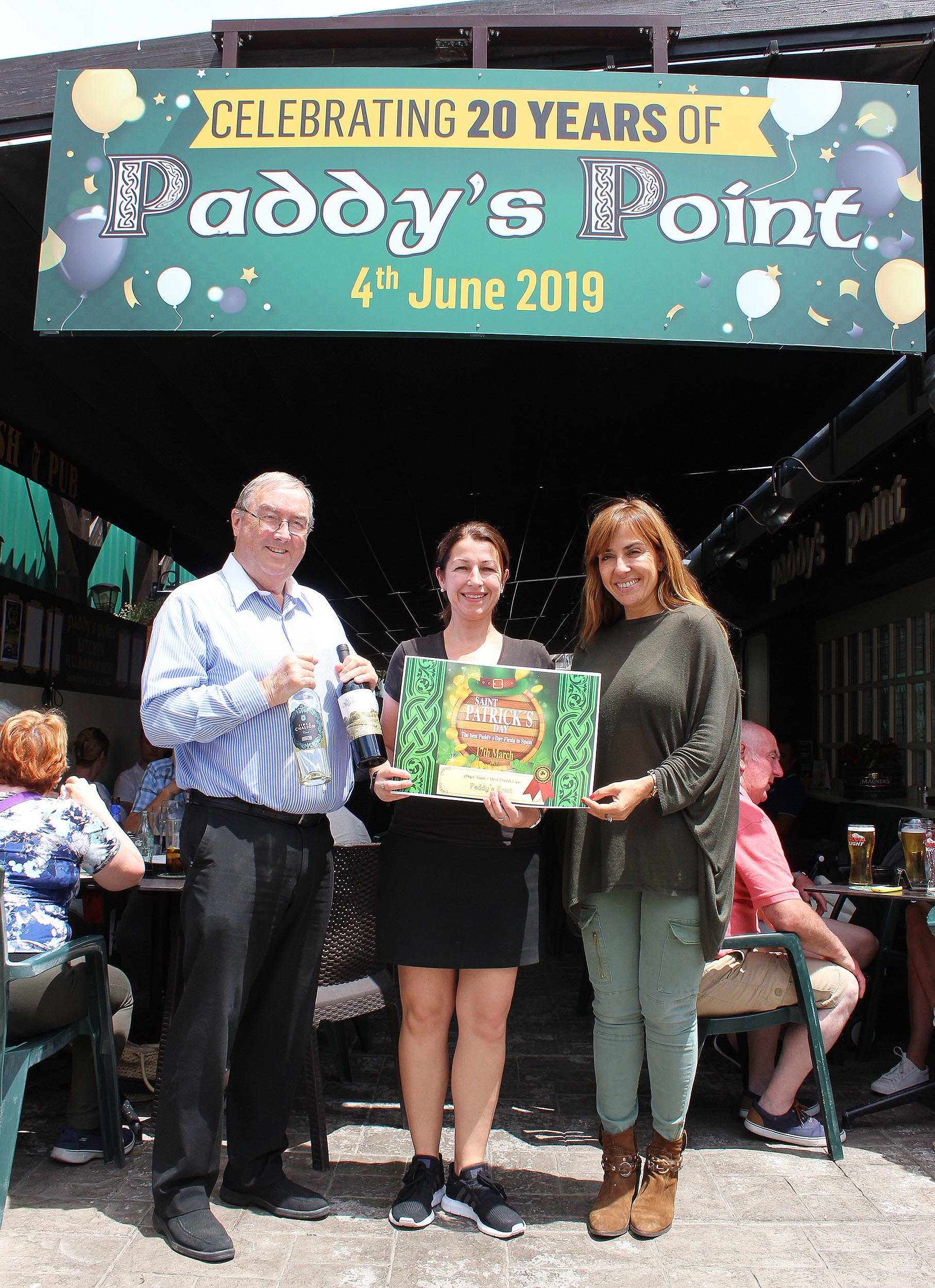 """""""Paddy's Point"""" in La Zenia who are celebrating their 20th anniversary this year won the food award"""