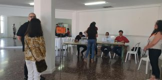 Voting in Campoamor was extremely slow