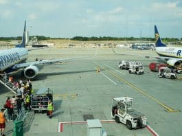 Corvera airport loses more passengers